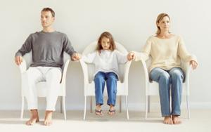 Споры об установлении отцовства (материнства)